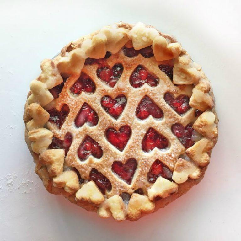 Красиво оформленные пироги