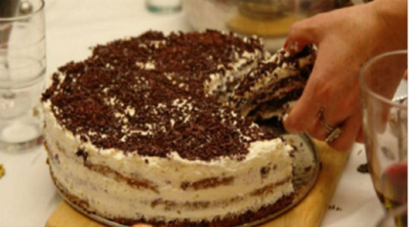 domashnij-tortik-na-skoruyu-ruku