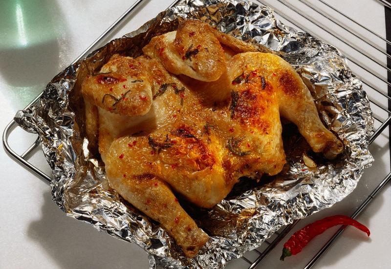 Курица в духовке с корочкой рецепт с в фольге пошаговый